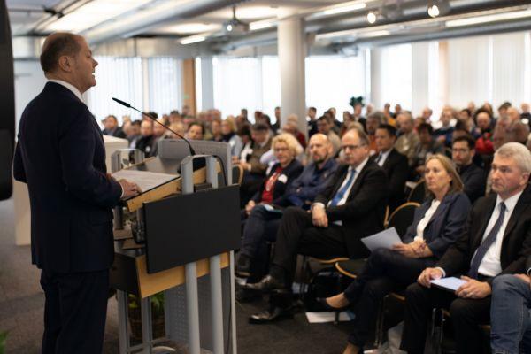 Olaf Scholz spricht auf DGB-Konferenz zu Strukturwandel in Gelsenkirchen